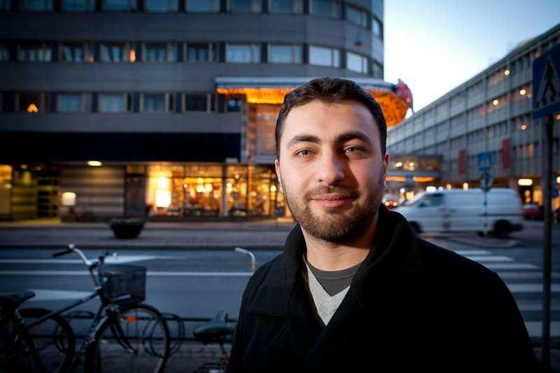 Omar Mustafa, som har valts in i den socialdemokratiska partistyrelsen, anklagas för att ha bjudit in antisemiter till konferenser.