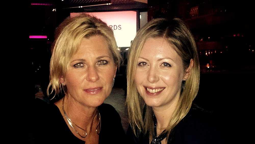 Maria Johansson tillsammans med sin chef Anna Momqvist som larmade polisen.