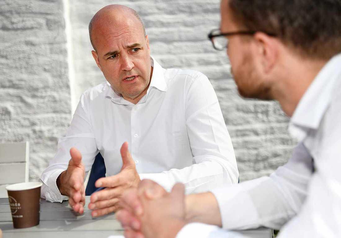 Aftonbladets Pär Karlsson fick en pratstund med Sveriges förre statsminister Fredrik Reinfeldt.