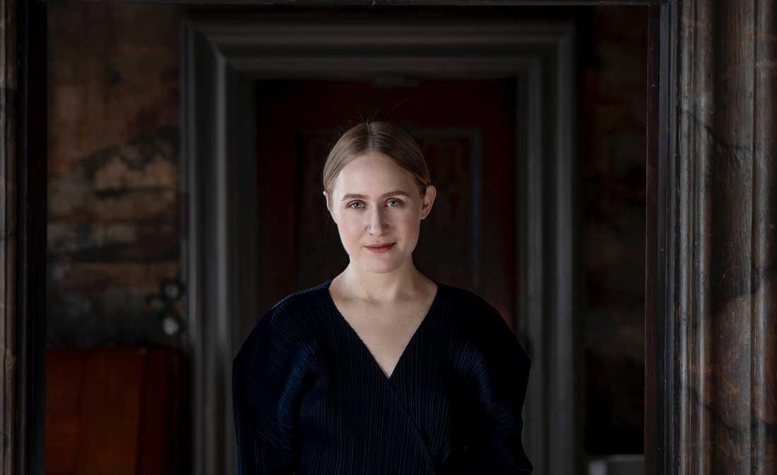 """Hanna Johansson debuterar med romanen """"Antiken""""."""