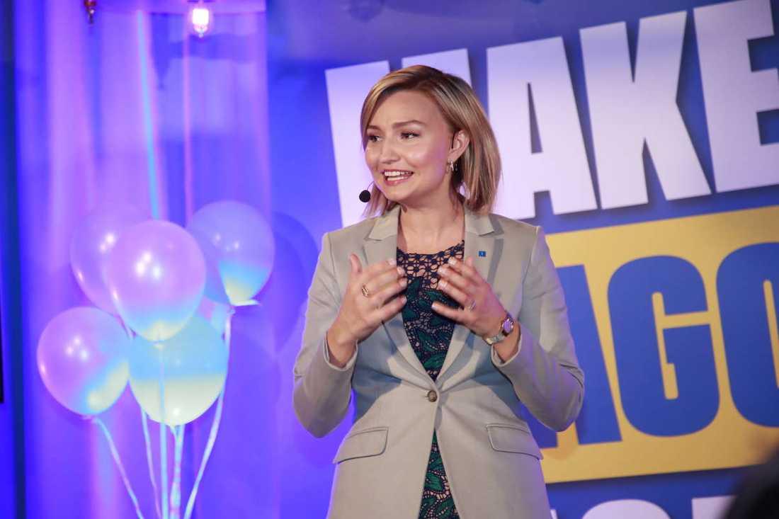 KD:s partiledare Ebba Busch Thor under valvakan för EU-valet 2019.