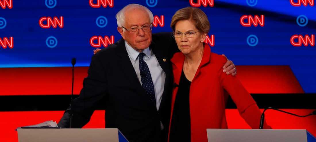 Bernie Sanders och Elizabeth Warren efter gårdagens debatt.