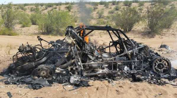 Resterna av Adam Malysz bil.