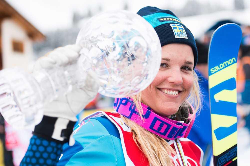 Holmlund vann den totala världscupen förra säsongen.
