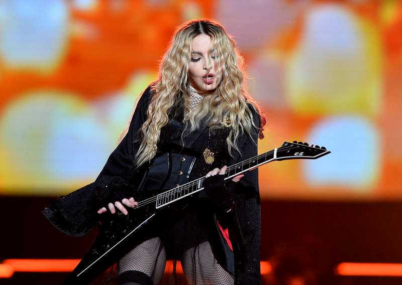 Madonna på sin turné Rebel Heart Tour i Prag.