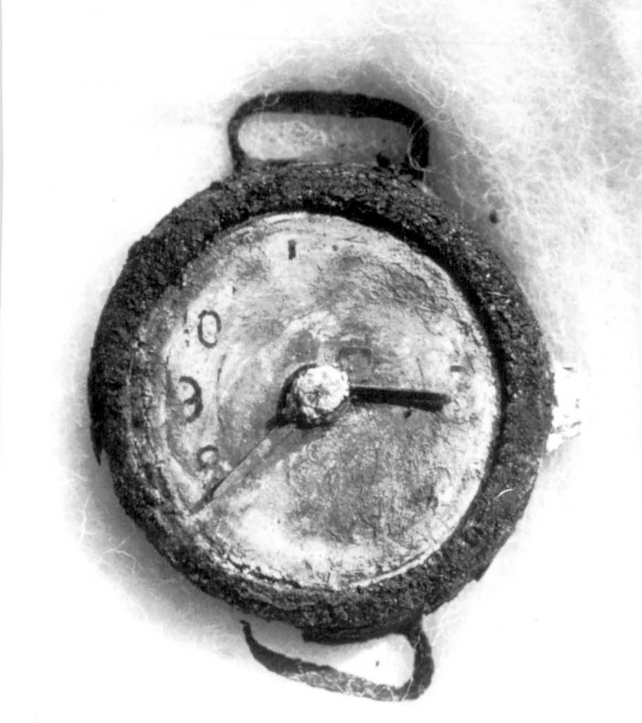 Här stannade tiden Klockan som hittades efter bomben i Hiroshima står på 08.15.