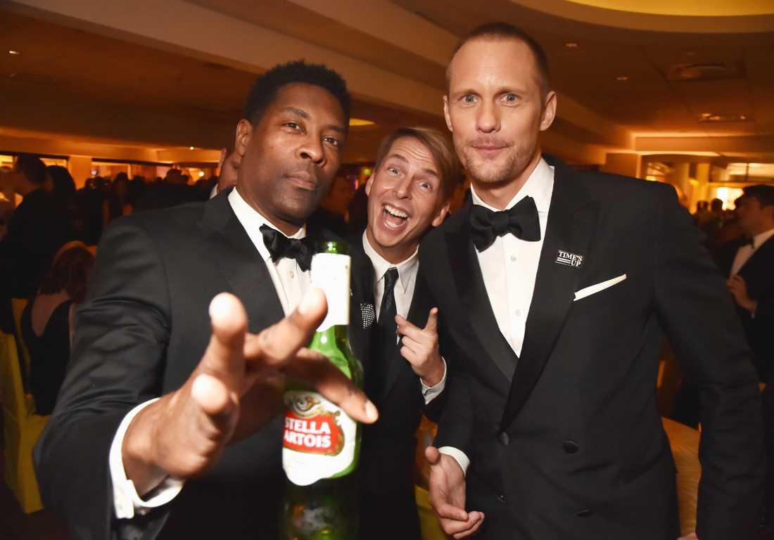 Alexander Skarsgård hade inga problem att hitta kompisar att festa med efter triumfen på Golden Globe-galan.