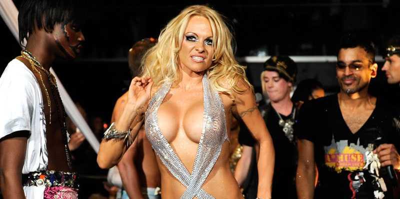 """Pamela Anderson delar ex-make med Shannen Doherty –som hon nu ska tävla mot i """"Dancing with the stars""""."""