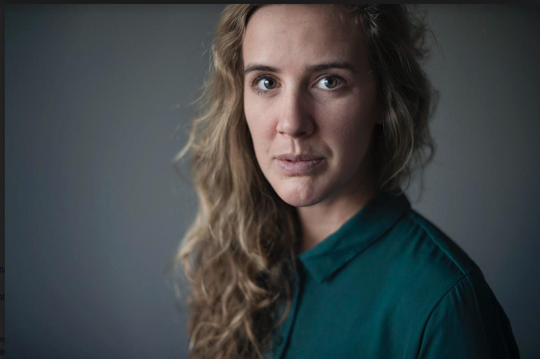 När Aftonbladet fotograf Anna Tärnhuvud kom till Drottninggatan var Iryna det första terroroffret hon såg.