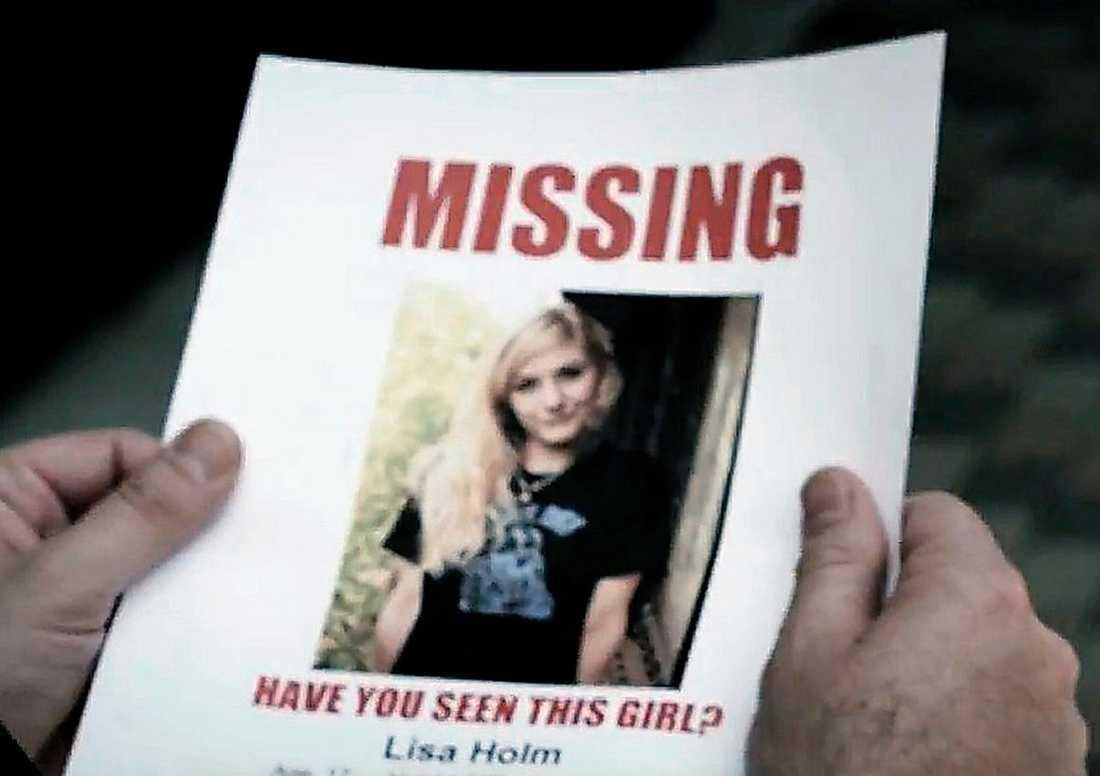 """""""MENAR INGET ILLA"""" Hårdrocksbandet skildrar mordet på Lisa Holm i en över åtta minuter lång video till en ny låt. """"Vi vill belysa det här och menar inget illa med det"""", säger Truckfighters sångare Oskar Cedermalm."""