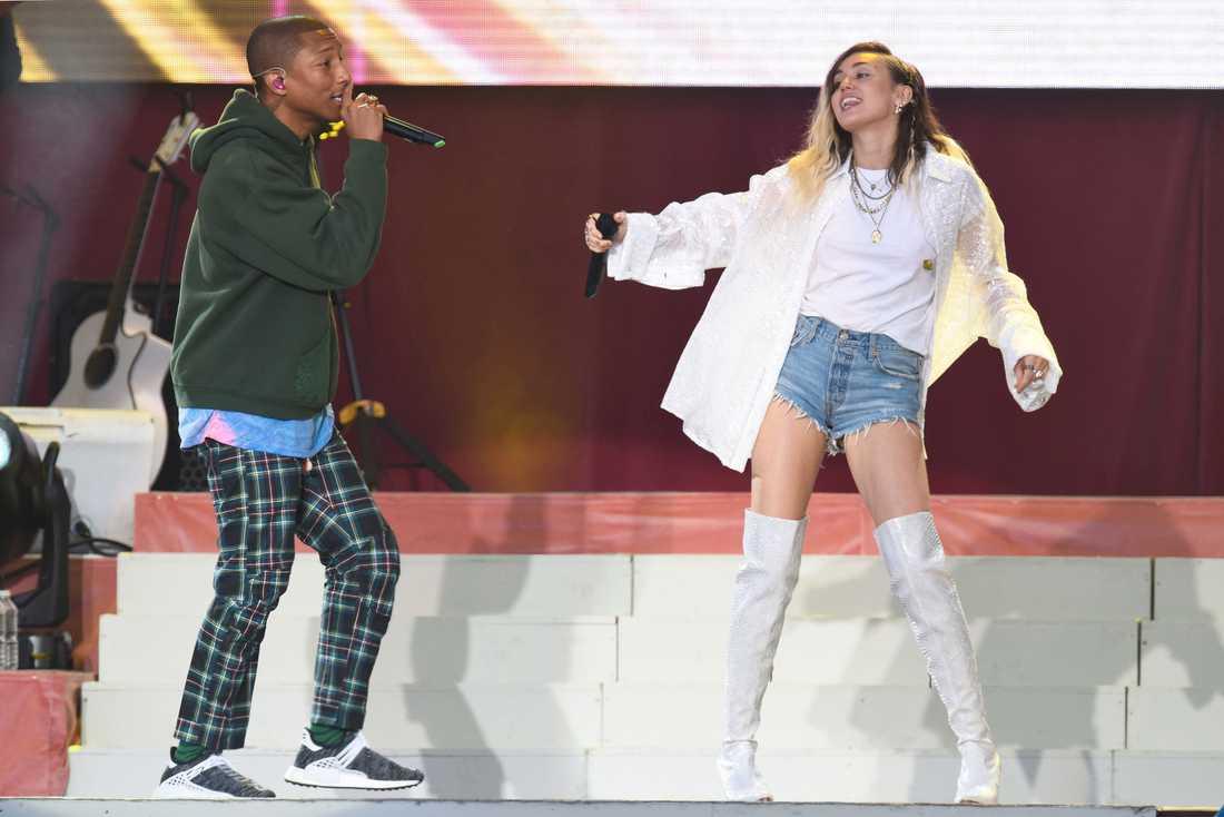 Pharrell Williams och Miley Cyrus.