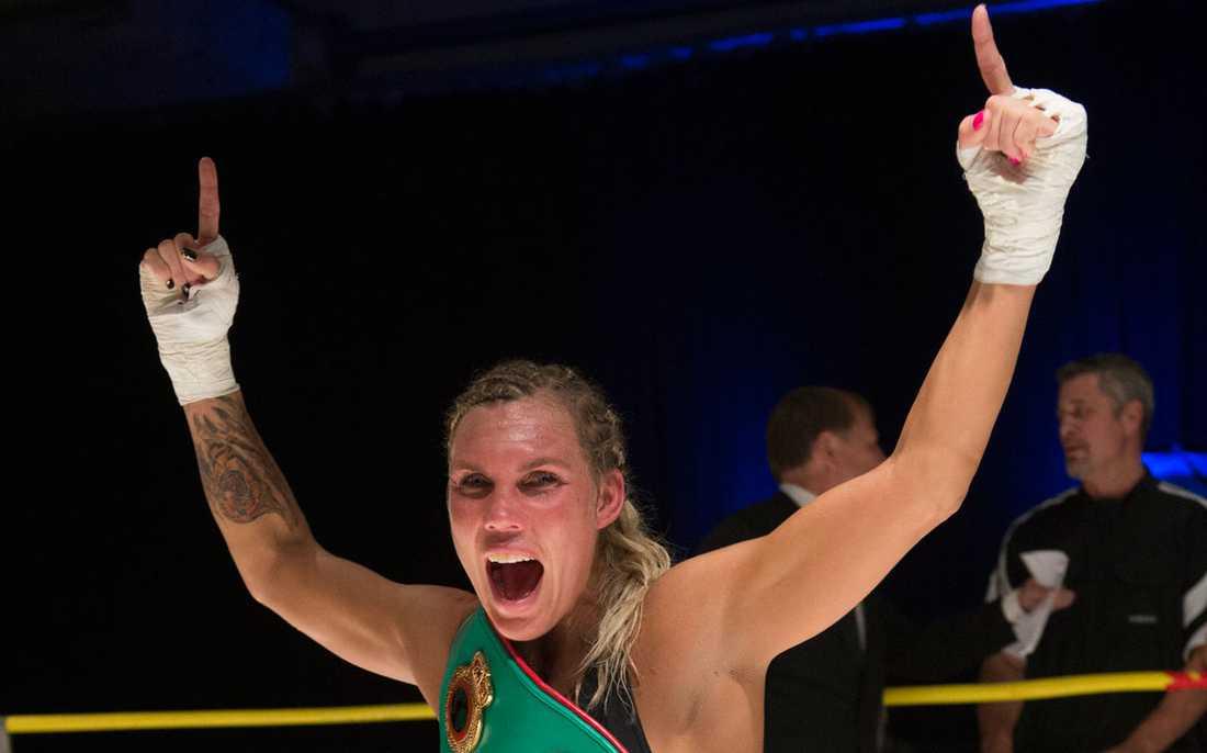 Mikaela Laurén.