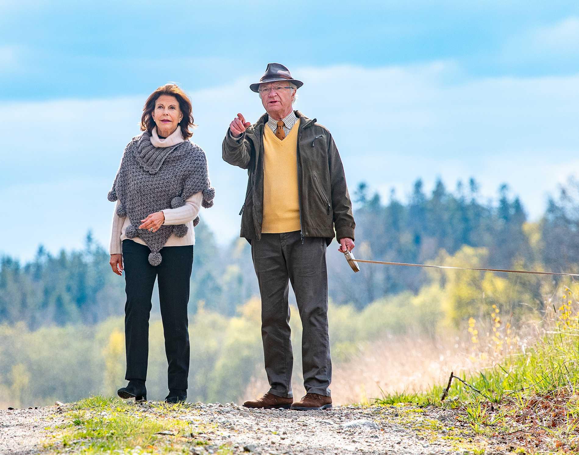 Kung Carl Gustaf och drottning Silvia ger sig ut för att besöka Sveriges alla län.