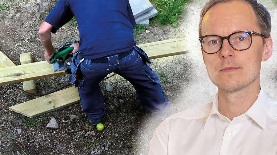 Liberalerna kräver att regeringen i statsbudgeten till nästa år höjer rot-avdraget till 50 procent av arbetskostnaden för att motverka arbetslöshet och svartarbete, skriver Mats Persson.