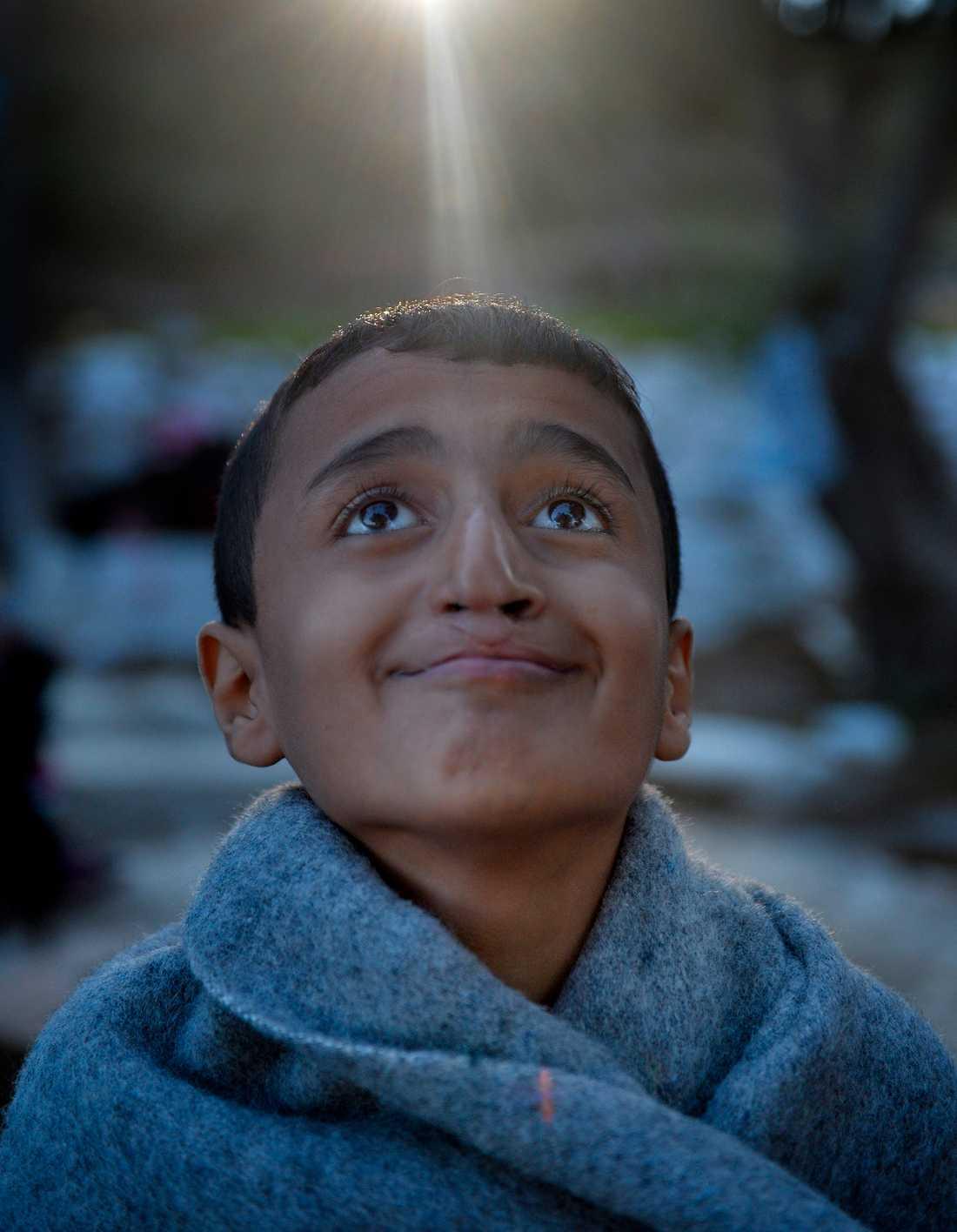 Mahmud, 12, överlevde resan över Medelhavet.