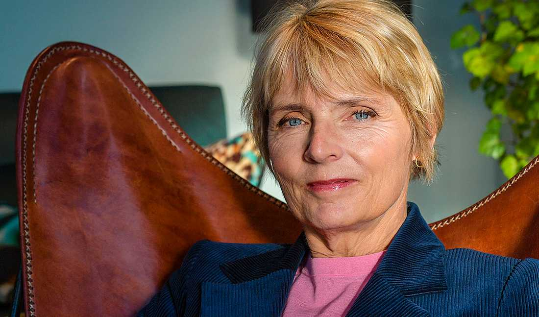 """Hanne-Vibeke Holst är mycket intresserad av jämställdhet och kvinnors villkor. Nästa projekt är en uppföljare till debattboken """"Min mosters migrän""""."""