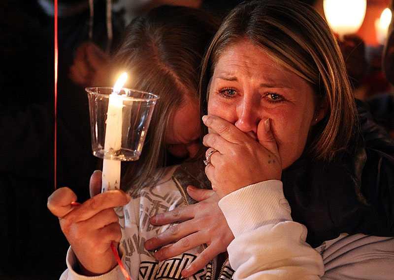 Gardners dotter Brandie var en av dem som väntade på beskedet om att hennes pappa skjutits till döds av exekutionspatrullen.