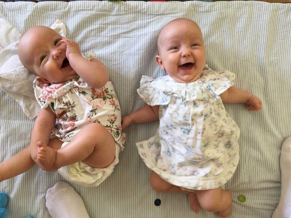 Saga och Alva föddes i vecka 32. Grannarnas stöd var ovärderligt för familjen.