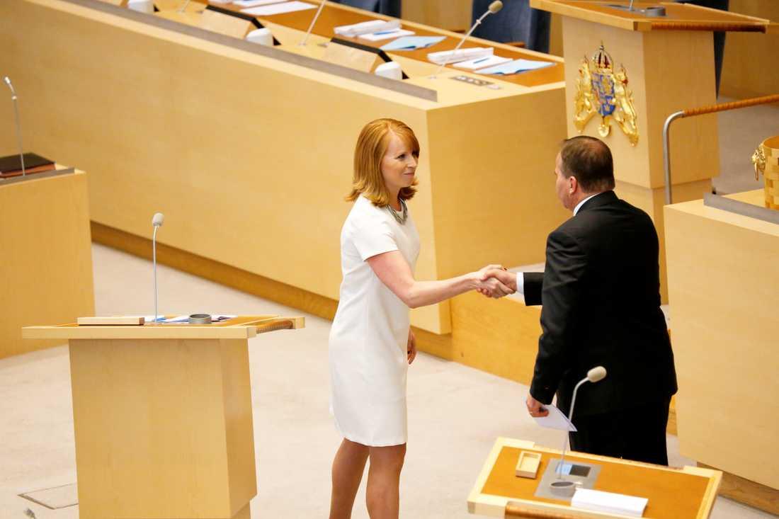 Centerns partiledare Annie Lööf (C) och statsminister Stefan Löfven (S). Många vill se dem i samma regering, gärna tillsammans med Liberalerna. Arkivbild.