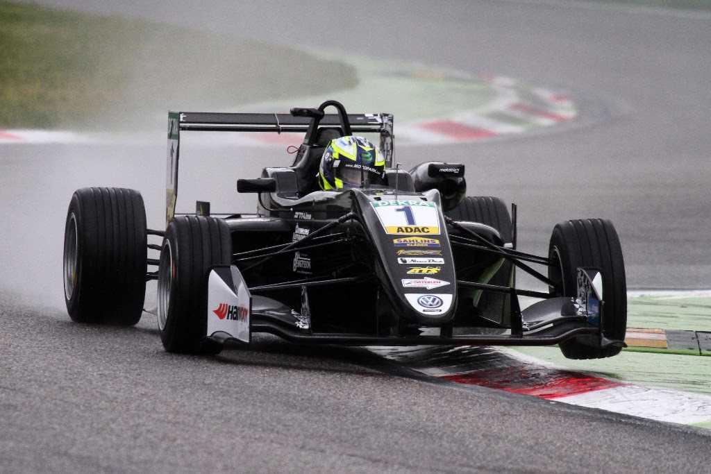 Joel Eriksson jagar EM-poäng på klassisk F1-bana