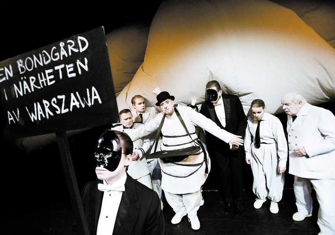 I uppsättningen av Kung Ubu ser Claes Wahlin nonsen bli teaterkonst.