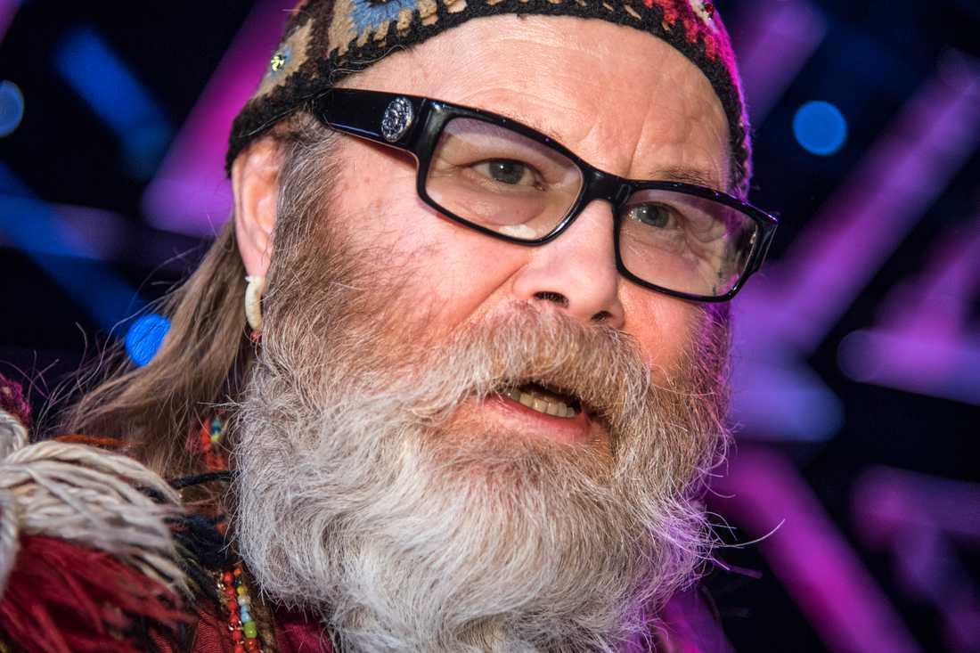 Roger Pontare tycks ligga bäst till i Melodifestivalen i Malmö. Nöjesbladets läsare röstar mest på veteranen.