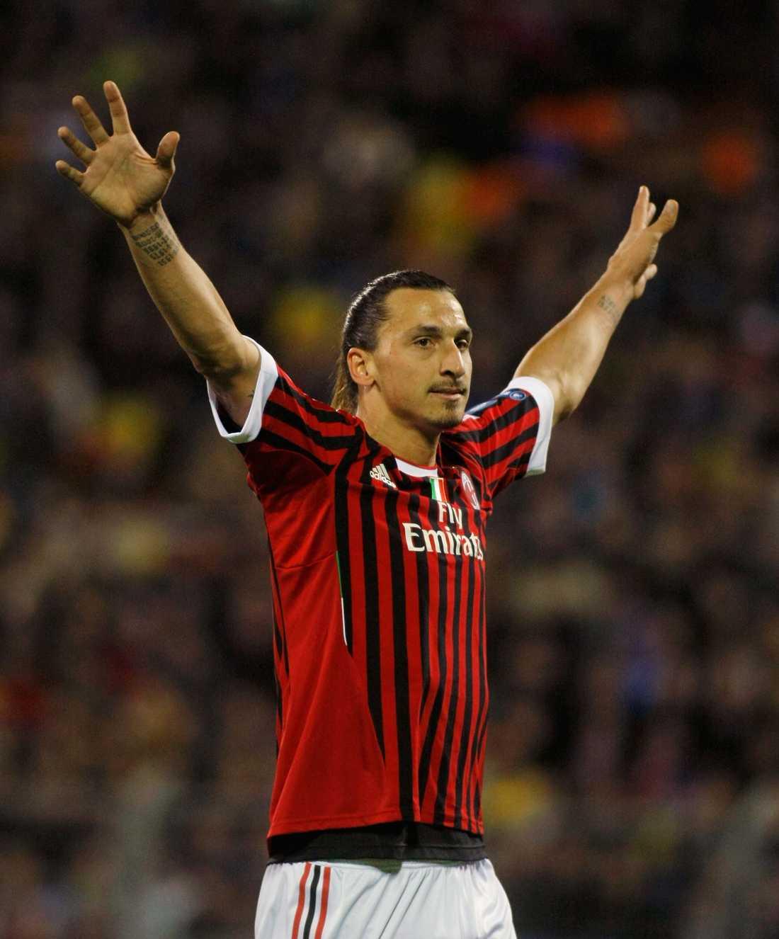 Vinner igen Spelen har strömmat in på att Zlatan Ibrahimovic vinner sin sjätte guldboll i kväll. Det gjorde att ett spelbolag tvingades stänga spelet i går på eftermiddagen.