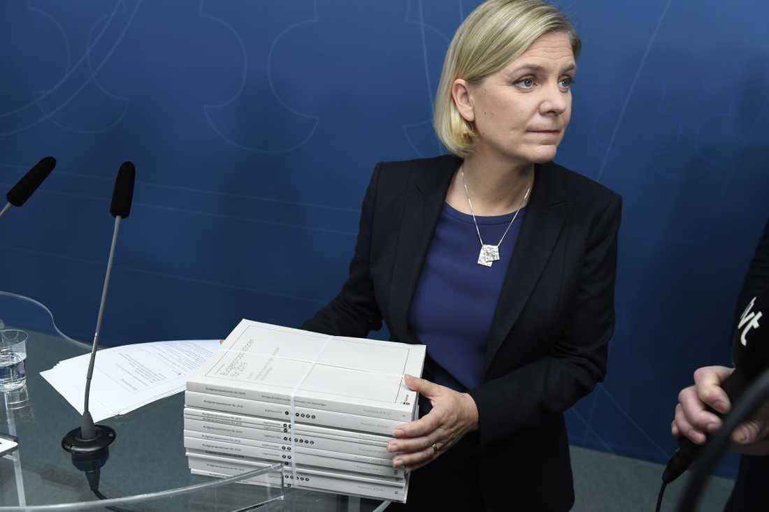 Magdalena Andersson vill helst betala av på statsskulden