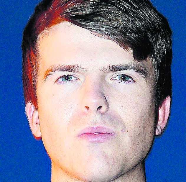 ¡ Marcus Uddenfeldt, 23, från Bromma tycker att Jan Björklund pratar för lite om hur barnen mår.