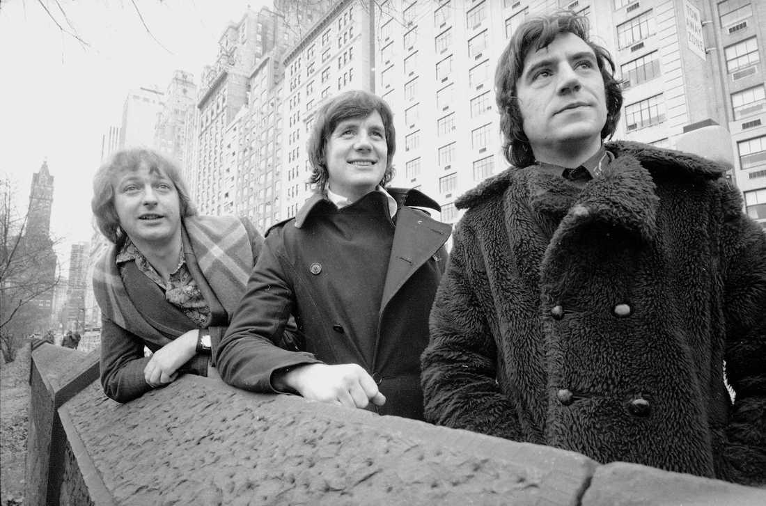 Graham Chapman, Michael Palin och Terry Jones fotograferade i början av 1970-talet. Graham Chapman avled 1989. Arkivbild.