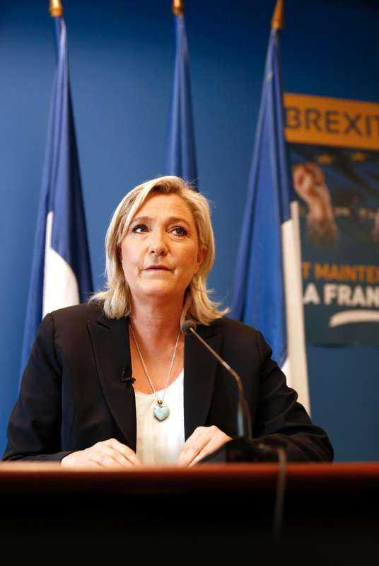 Marine Le Pen, ett rött skynke för SD och ACRE.