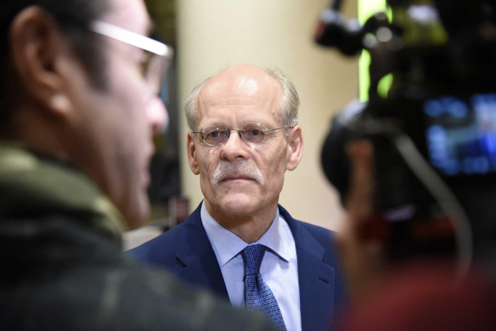 """""""Det här ska ses som en försäkring som gör att svenska företag kan känna trygghet kring att kreditförsörjningen kommer att fungera"""", säger riksbankschef Stefan Ingves."""