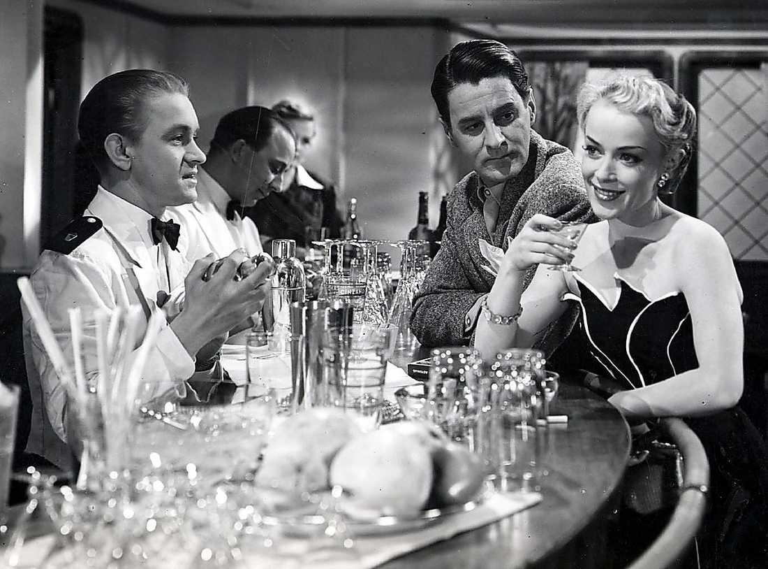 """""""Kyssen på kryssen"""" Film från 1950 med Gunnar Björnstrand."""