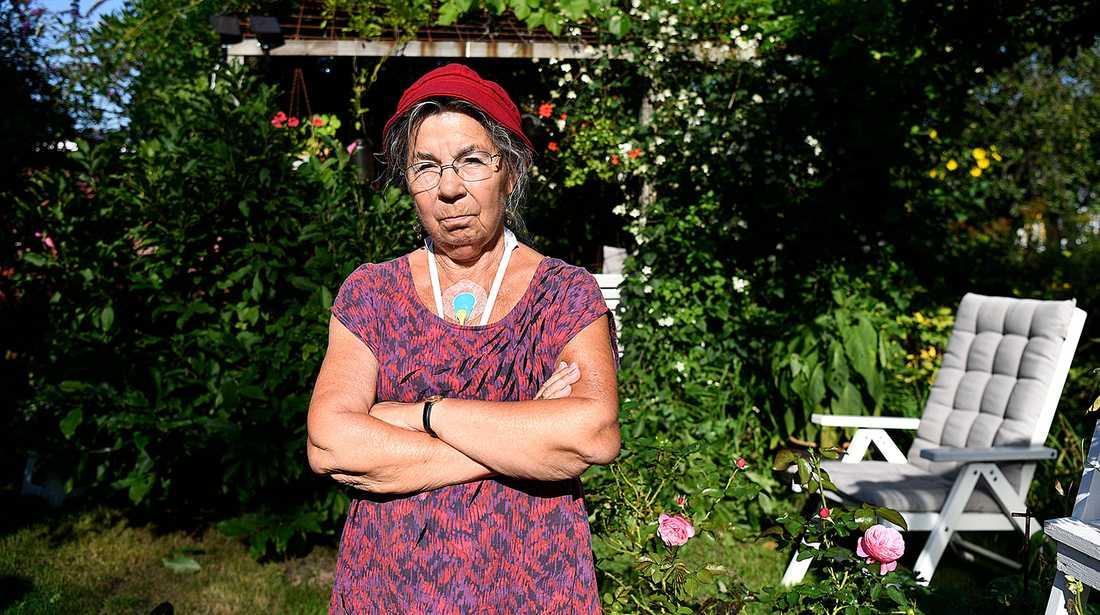 För 70-åriga Inger Stark har jobbat sedan hon var 16 år. Nu tvingas hon extrajobba för att får ekonomin att gå ihop.