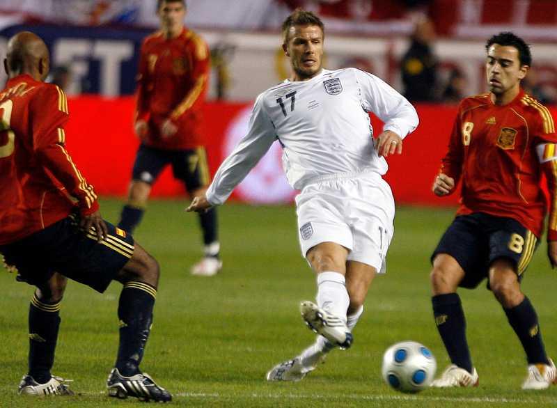 Beckham hara bara Shilton före sig.