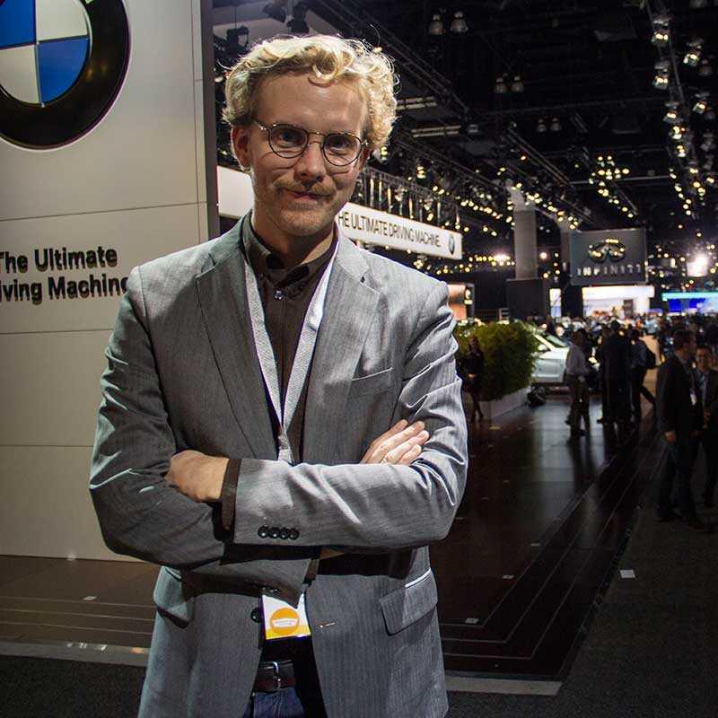 På plats i Los Angeles Motoristas Erik Gustafsson bevakar bilmässan La Auto Show och ger dig de senaste nyheterna.