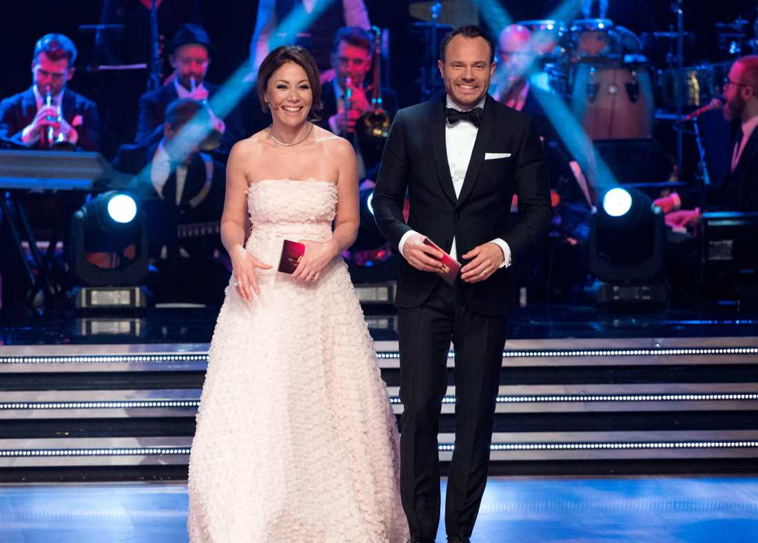 """Tilde de Paula och David Hellenius lämnar """"Let's dance""""."""