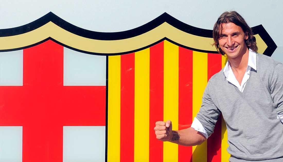 Zlatan Ibrahimovic skrev på för Barcelona i slutet av juli 2009.
