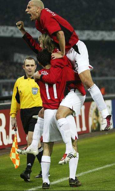 Ryan Giggs (underst) började som avbytare men var grym mot Juventus när han fick chansen.