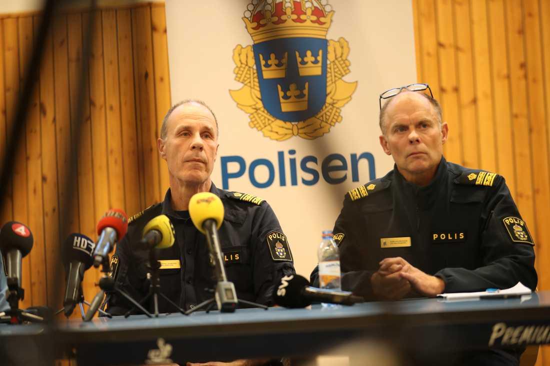 Polisen i Helsingborg håller presskonferens om sprängningen. Patric Heimbrand, polisområdeschef och Sven Holgersson, lokalområdespolis.
