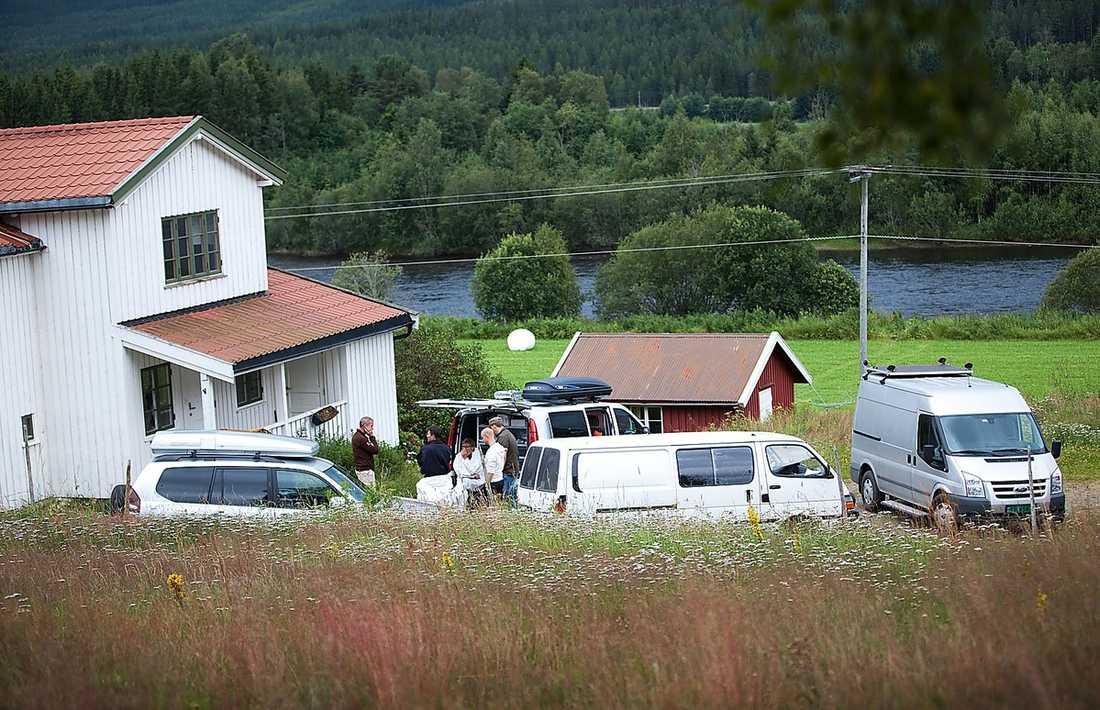 HÄR FÖRBEREDDE HAN MASSAKERN Anders Behring Breivik flyttade ut till gården i Rena utanför Oslo.