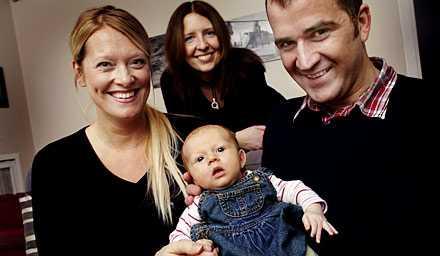 Jenny Österlind af Petersens och Nils af Petersens är nöjda med hjälpen de fick av doluan Maria.
