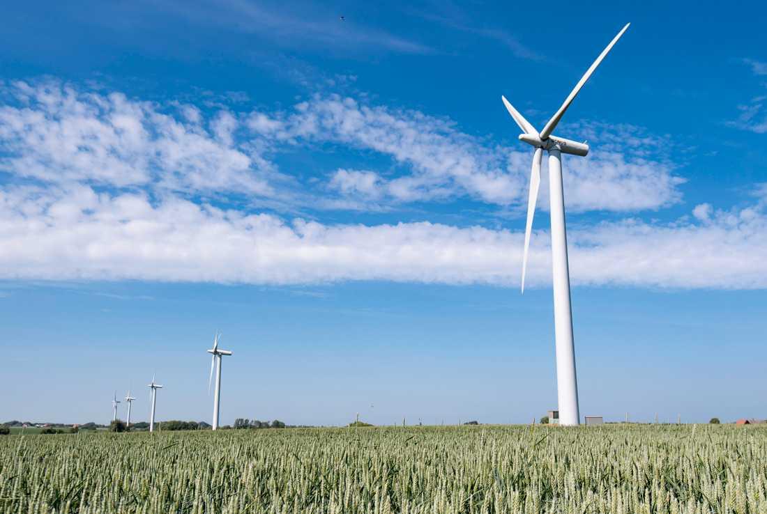 En ny studie visar att det är ekonomiskt lönsamt att begränsa utsläppen av växthusgaser i nivå med Parisavtalet.