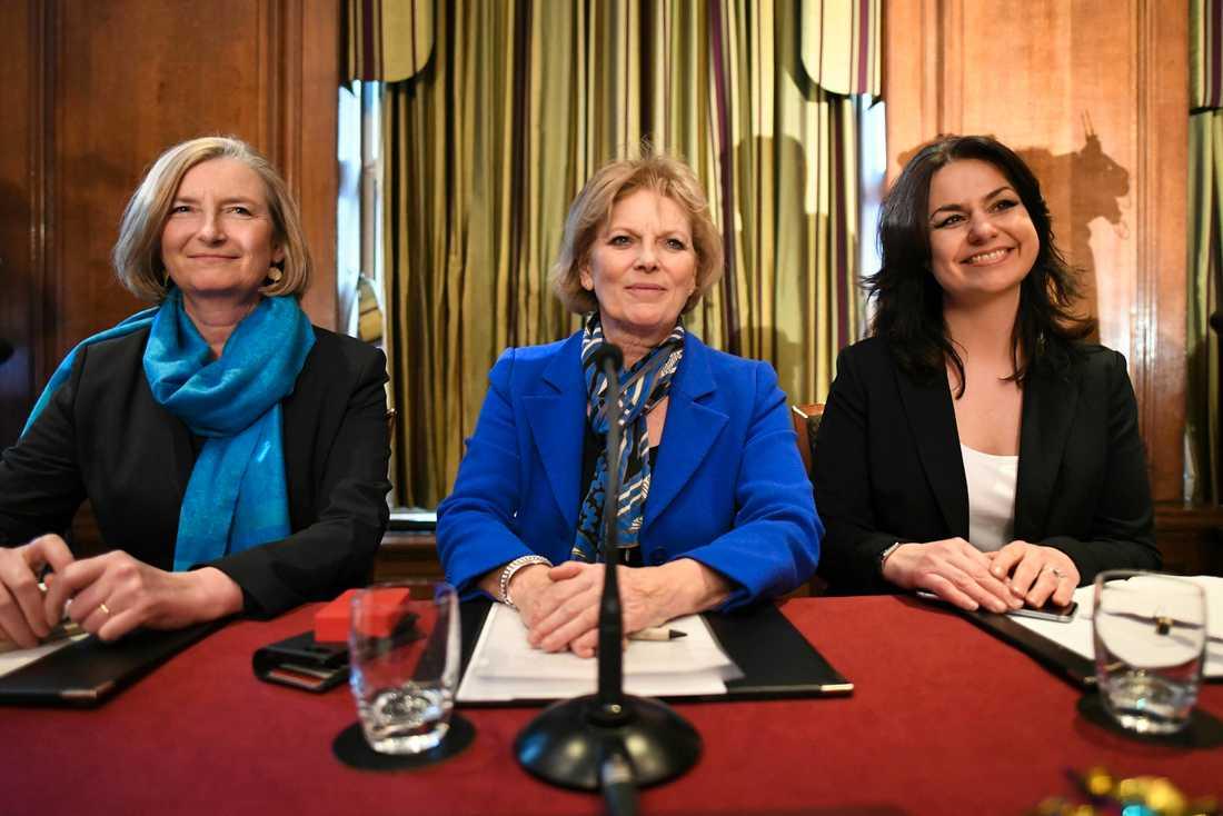 Sarah Wollaston, Anna Soubry och Heidi Allen lämnade Konservativa partiet den 20 februari och anslöt sig till nybildade TIG, en oberoende grupp av EU-vänliga ledamöter i det brittiska parlamentet. Arkivbild.