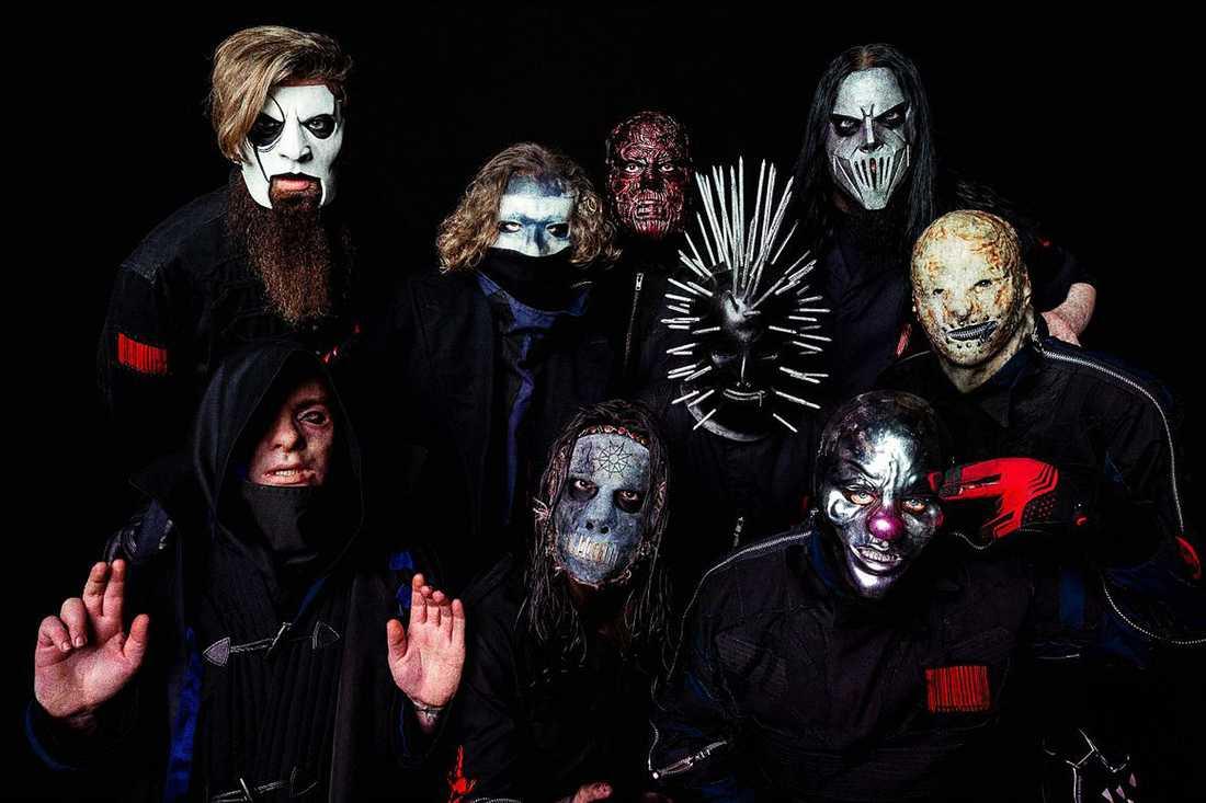 De maskerade nu metal-musikerna i Slipknot är åter igen singelaktuella.