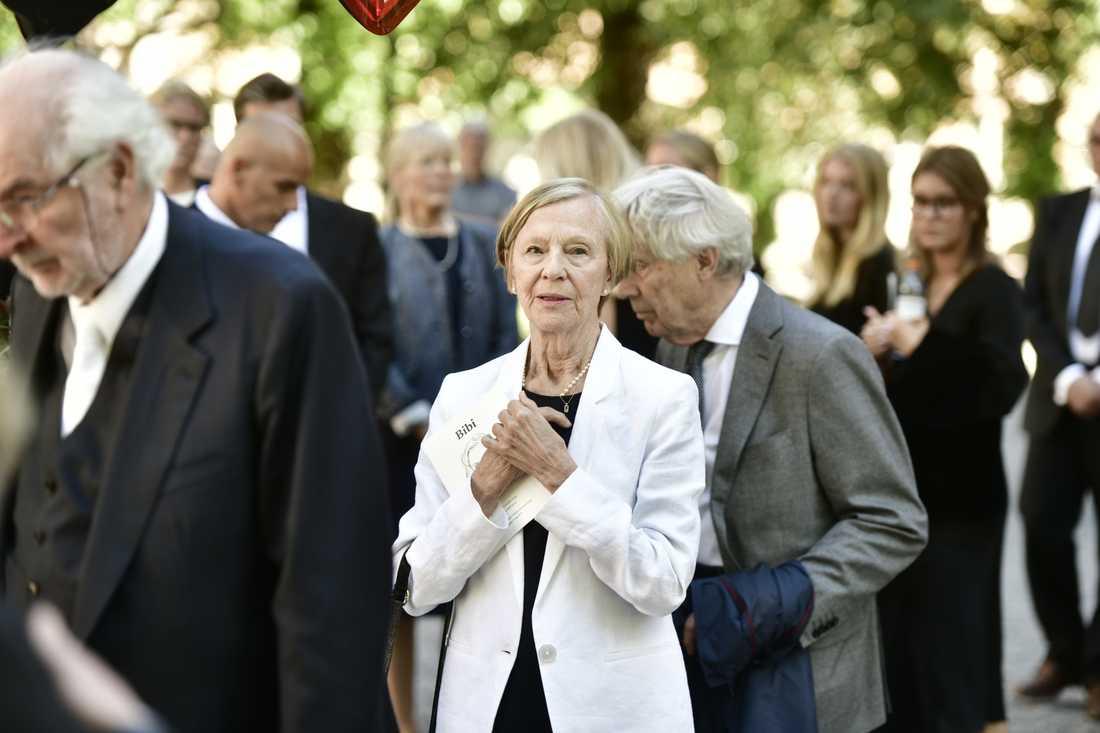 Bibi Anderssons syster, balettdansören och skådespelaren Gerd Andersson sörjde sin lillasyster.