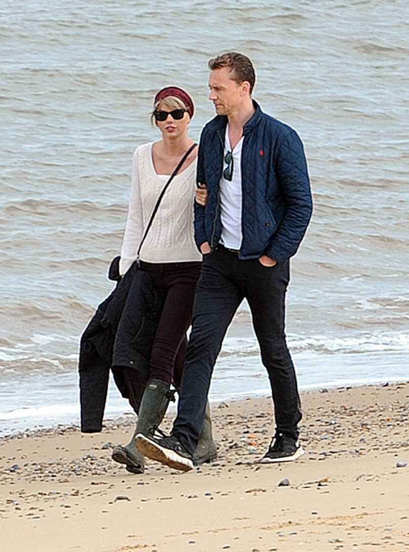 Taylor Swift med pojkvännen Tom Hiddleston.