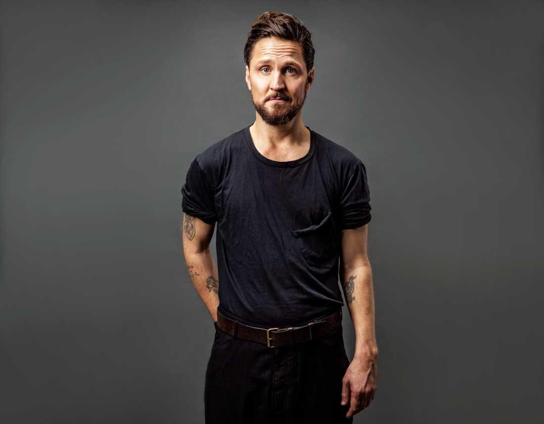 Nya albumet är Anders Wendin rakt upp och ned, på ett strålande sätt.
