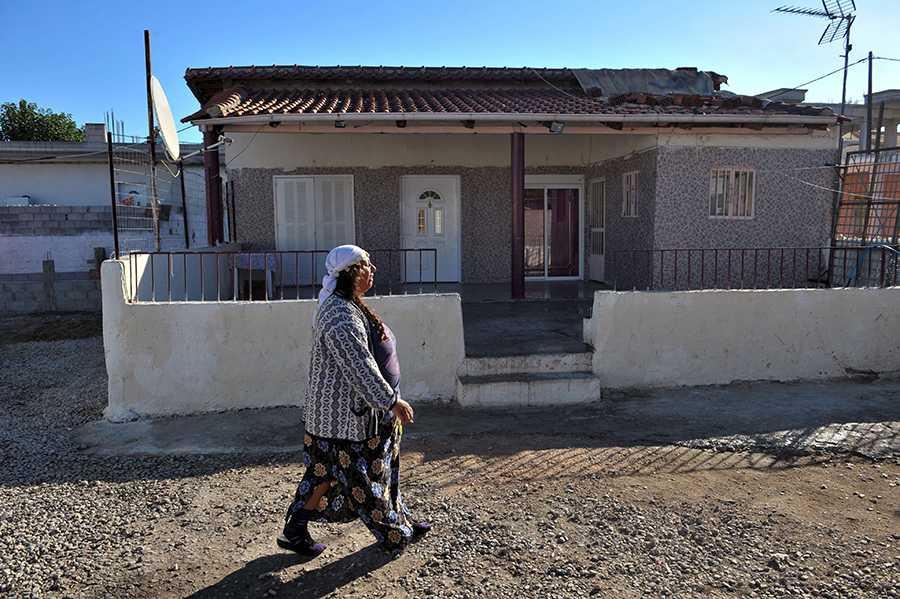 I det här huset i grekiska Farsala, norr om Aten, hittades Maria i onsdags.