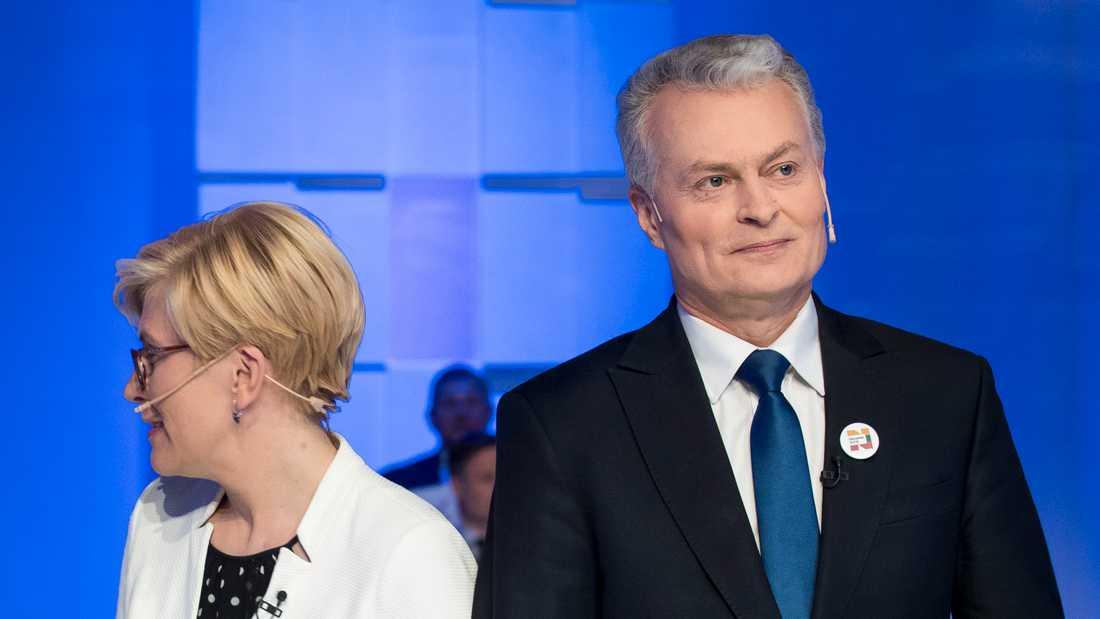 Ingrida Simonyte och Gitanas Nauseda vid en tv-debatt i Vilnius häromdagen.
